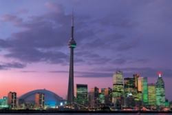 Tomax Jigsaw Puzzles - CN Tower, Toronto, Canada