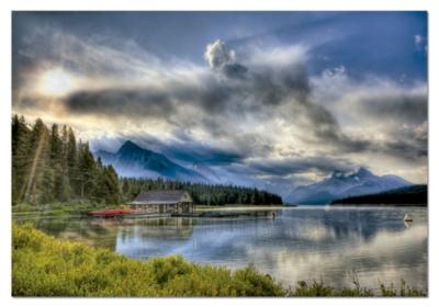 Educa Jigsaw Puzzles - Maligne Lake Boathouse, Canada