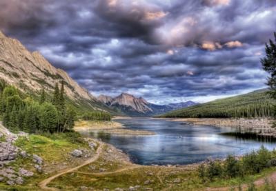 Educa Jigsaw Puzzles - Medicine Lake, Canada