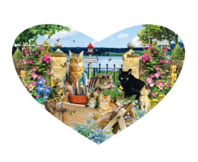 Kitty Heart - 200pc Shaped Jigsaw Puzzle by SunsOut