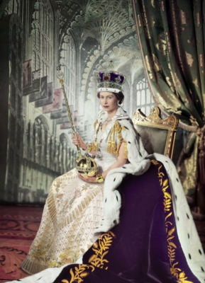 Queen Elizabeth II - 1000pc Jigsaw Puzzle by Eurographics