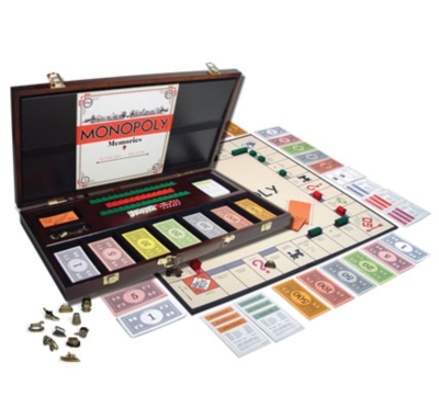 Monopoly: 1935 Wood Edition - Board Game