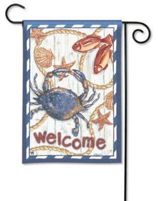 Blue Crab - Garden Flag by Magnet Works