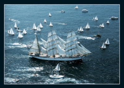 Sailing In Newport - 500pc Jigsaw Puzzle by EDUCA
